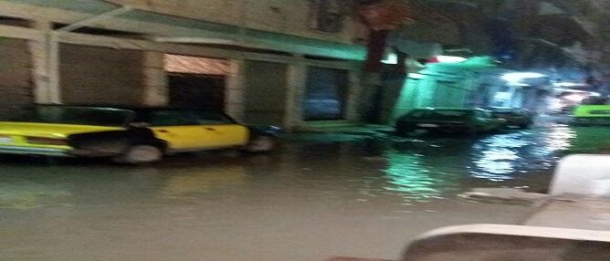 مواطن يرصد غرق شوارع الفلكي بالإسكندرية في نوة الأمطار الأخيرة (صور)