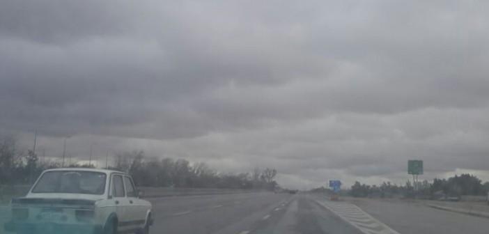 غيوم تُبشر بسقوط أمطار عَ الصحراوي (صورة)