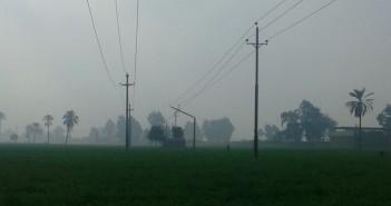 أهالي «ميت ناجي» بالدقهلية يطالبون بإصلاح عمود كهرباء ضغط عالي (صورة)