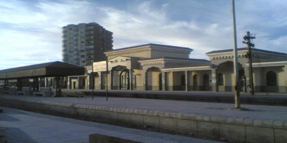 حمامات محطة قطارات فاقوس.. متاحة للموظفين ممنوعة عَ المواطنين (صور)
