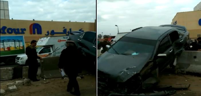 شاهد عيان: مصرع 5 في تصادم ملاكي بحاجز خرساني على طريق بالغربية (صور وفيديو)