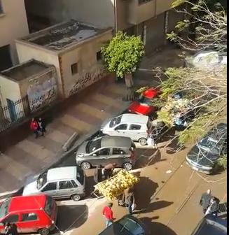 سكان محرم بك يشكون من الباعة الجائلين (فيديو)