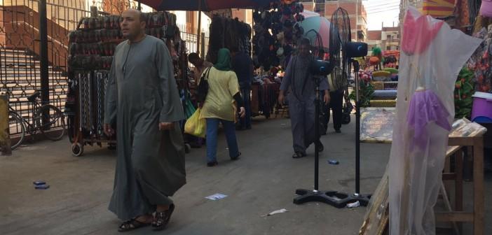 إشغالات تحاصر مجمع إيتاي البارود.. وتعرقل حركة المارة (صور)
