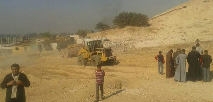 أهالي بسوهاج يطالبون «الرياضة» بإنشاء مركز شباب بعد استصلاحهم أرضه (صور)