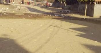 أهالي «كوم الأشراف» يطالبون محافظ الشرقية بحل مشكلة الصرف الصحي بالقرية(صور)