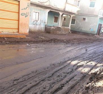 سكان «كفر السودان» بكفر الشيخ يشكون تكسير شوارع القرية (صور)