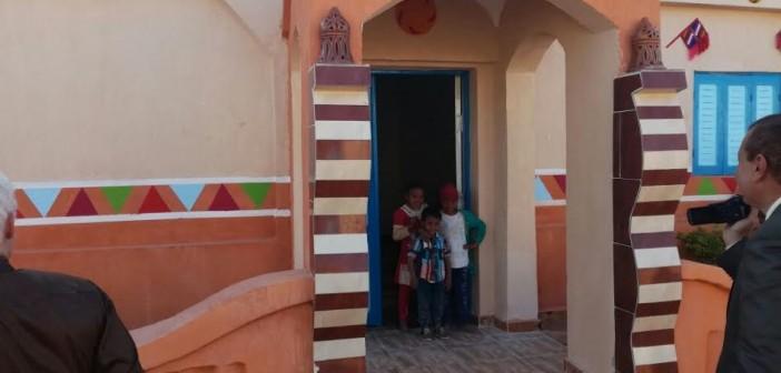 أهالي «توشكى» بأسوان يبدون سعادتهم بإعادة أعمار القرية (صور)