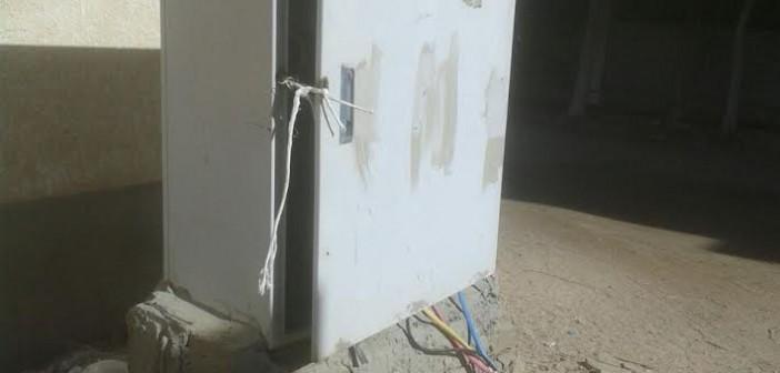 كابل كهرباء مكشوف يثير الذعر بالغردقة (صور)