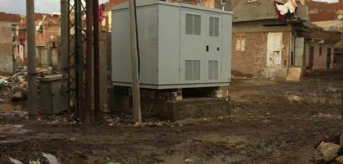 أهالي «الروس» بكفر الشيخ يطالبون بنقل محول كهرباء رئيسي إلى خارج القرية (صور)