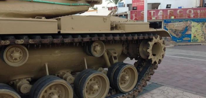 صور| نشر دبابات «حرب الكويت» في شوارع بشرم الشيخ خلال مهرجان «كويت السلام»