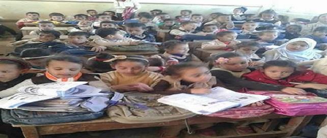 6 تلاميذ في «التختة».. كثافات شديدة في مدرسة «53» الابتدائية بالدقهلية
