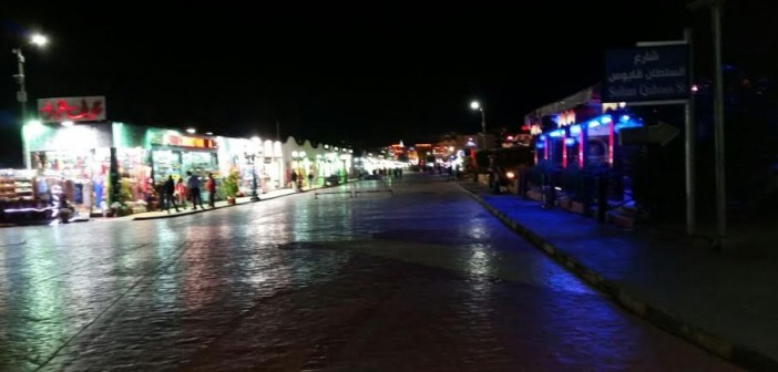 يوميات شرم الشيخ| عامل: أنوارها انطفأت بدون موسم سياحي.. لم نشهد هذه الأيام من قبل (صور)