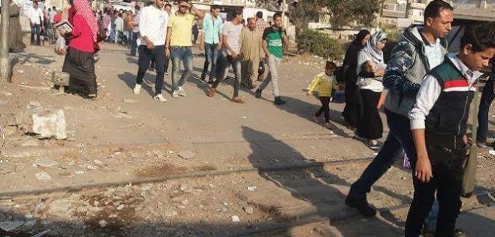 مزلقان إيتاي البارود.. خطر يهدد المواطنين ومطالب بكوبري مُشاه (صور)