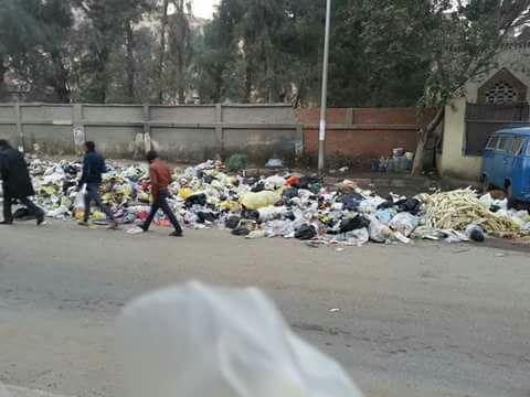 تجمعات للقمامة في الكيلو 4 ونصف (صور)