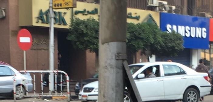 صور.. مواطن يرصد أعمدة إنارة عارية الأسلاك في ميدان الجيزة وشارع مراد