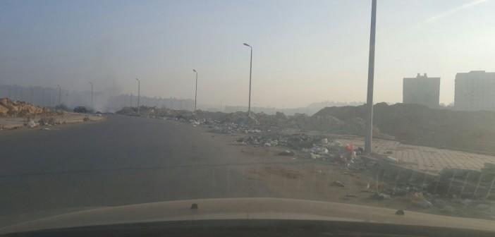 حرق القمامة قرب تجمعات سكنية ومدارس في زهراء المعادي (صورة)