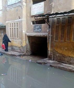 غرق مكتب صحة ثالث في المحلة الكبرى بمياه الصرف الصحي (صور)