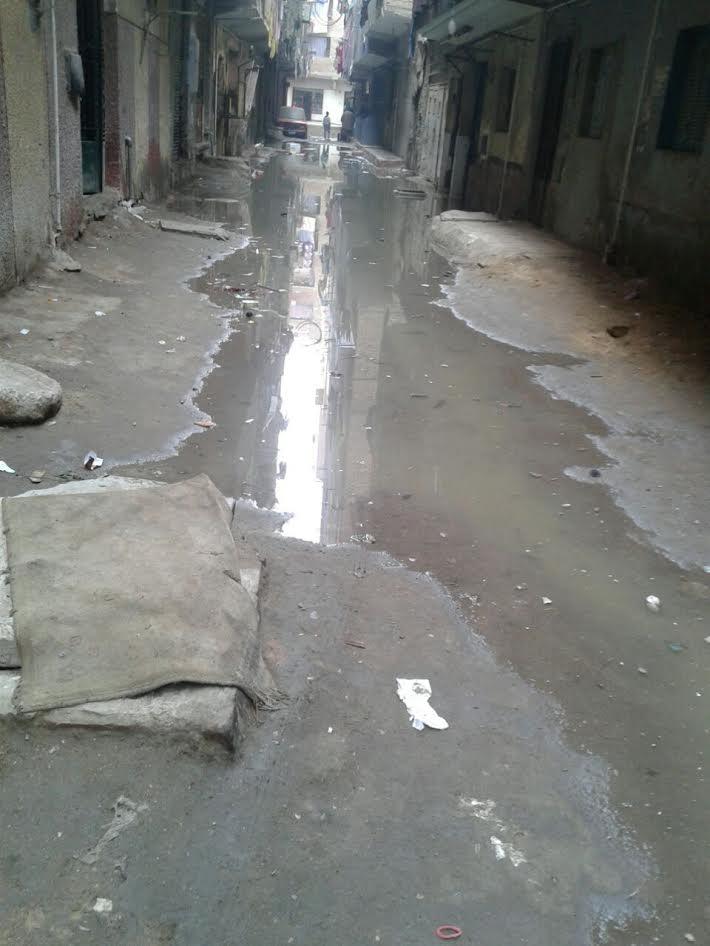 غرق شوارع بصفط اللبن بمياه الصرف (صورة)