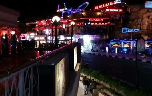 يوميات شرم الشيخ.. معاناة العاملين مُستمرة في المدينة المنسية (صور)