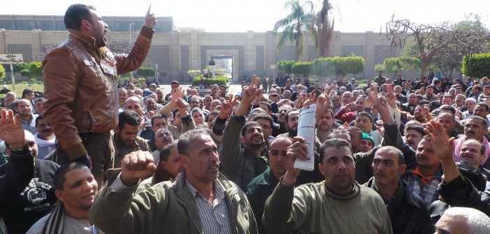 عمال مياه الشرب بسيناء يطالبون بزيادة الرواتب.. ويلوحون بالإضراب
