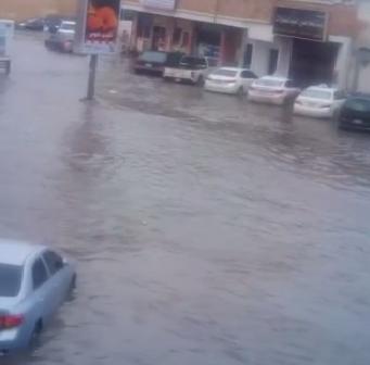 ☔️ فيديو.. أمطار غزيرة تجتاح المنطقة الشرقية بالسعودية