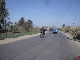 أهالي «أبشيش» يطالبون بتطوير طريق رئيسي بين المنوفية والقليوبية