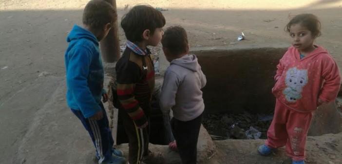 أهالي «القشيش» يطالبون بتغطية أحواض الري حرصاً على الأطفال (صور)
