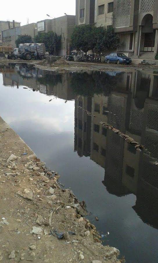 المنطقة الصناعية بـ«قويسنا» غارقة في مياه الصرف الصحي (صور)