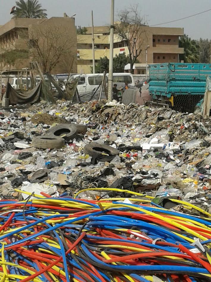 القمامة تحاصر مدارس «عين شمس».. والأهالي: مفيش مسؤول اتحرك (صور)