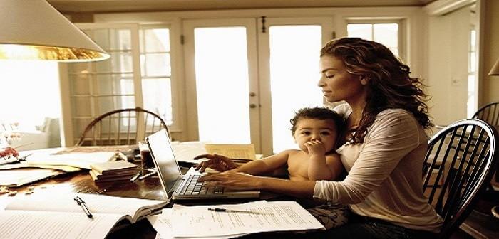 عن حقوقها.. ليس بالغناء فقط تسعد الأمهات (رأي)