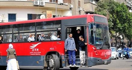مطالب بمواصلات عامة تربط مدينتي الشروق والعبور