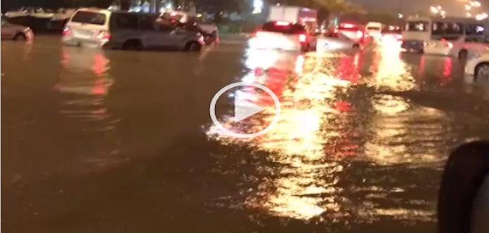 ▶️فيديو.. غرق الكويت في الأمطار والسيول.. وحصار أشخاص بالشوارع