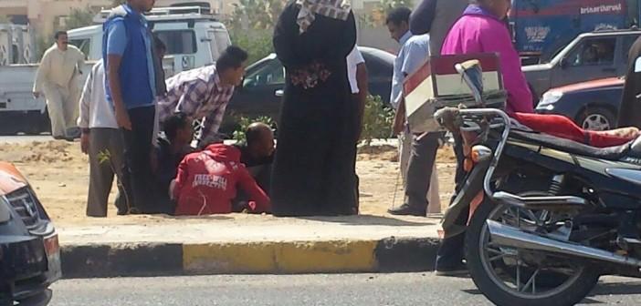 ▶️ إصابة 2 في انقلاب سيارة على طريق الأحياء بالغردقة (صور وفيديو)