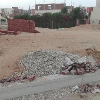 سكان في «ابني بيتك – العاشر من رمضان» يطالبون برصف الشوارع وإنارتها (صور)