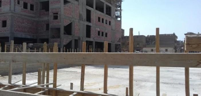 صور.. مطالب باستكمال مستشفى إدفو بعد توقف العمل بسبب «التعويم»