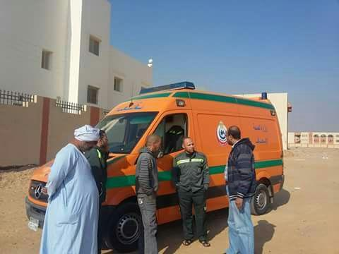 سكان المنطقة «2 ابني بيتك» يطالبون بتشغيل الوحدة الصحية (صور)