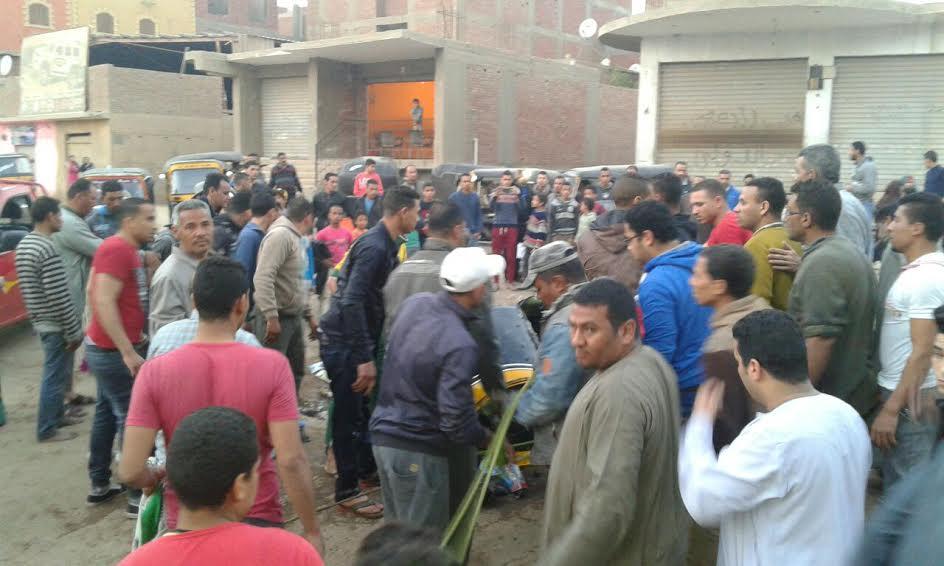 بعد واقعة غرق توك توك.. أهالي «أبومسلم» يطالبون بتغطية مصرف القرية (صور)