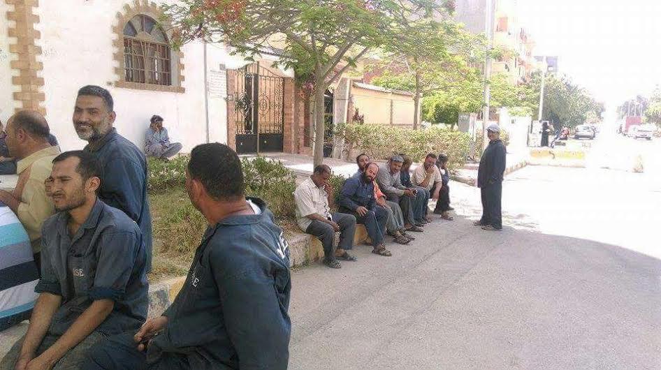 عمال «هورس» 5 أشهر بل مرتبات ويهددون بالدخول في إضراب (صور)