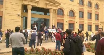 وقفة احتجاجية لسكان «مدينتي» بسبب تدهور الخدمات(صور)