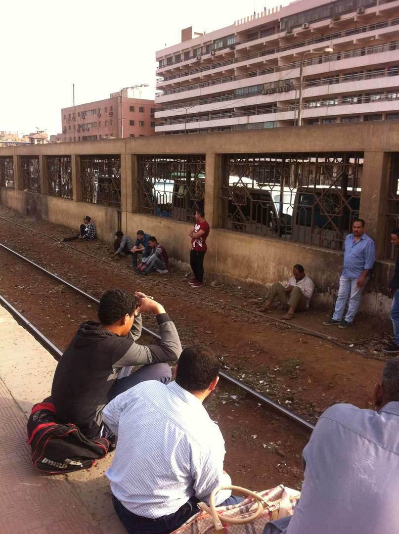 تأخر قطارات شبرا الخيمة يثير غضب الركاب (صور)