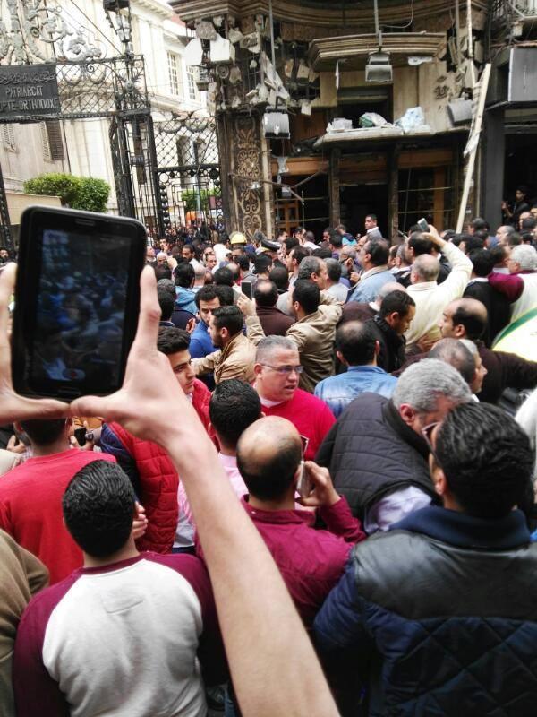 بالصور.. اللحظات الأولى لانفجار الكنيسة المرقسية بالإسكندرية