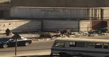 سكان محور طه حسين بالنزهة يطالبون بإزالة مقلب قمامة