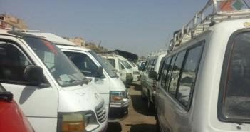 ركاب موقف الأقاليم بالأقصر يطالبون بتطويره بسبب أوضاعه «غير الآدمية»