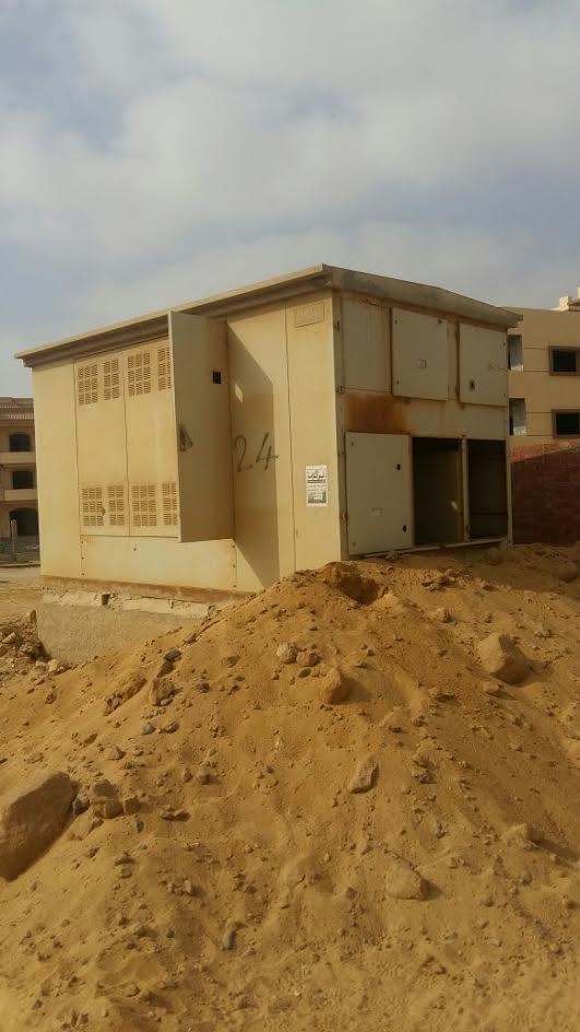 صور.. سكان «حي النادي» بالشروق يطالبون بتوصيل الكهرباء: 7 سنوات في ظلام