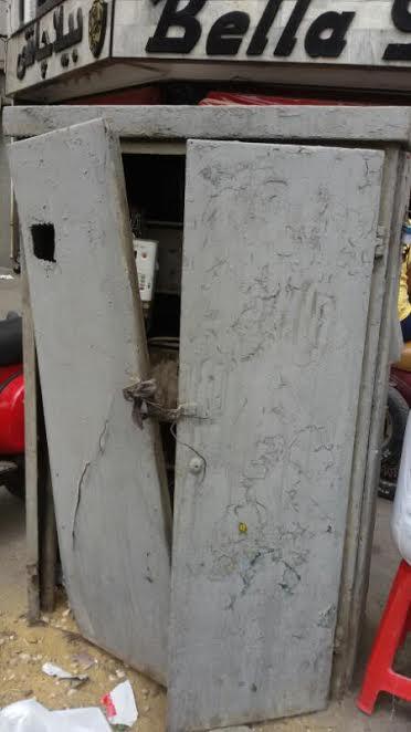 محولات كهرباء مكشوفة بشارع «الأزهر» ومواطن: تهدد حياتنا (صور)