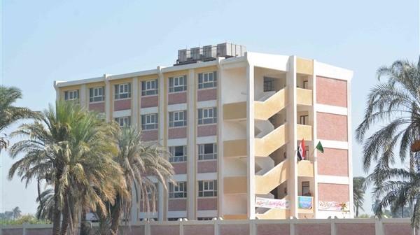 أهالي «الخلافية» بسوهاج يطالبون بزيادة مساحة مدرسة القرية