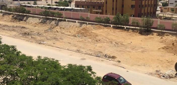 سكان زهراء المعادي يطالبون برصف طريق رئيسي.. وإعادة تشجيره (صور)