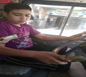 أطفال يقودون سيارات أجرة في شبرا الخيمة (صور)