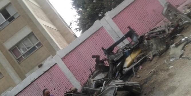 سكان شارع بحي السلام يطالبون بإزالة مخزن خردة يعرقل حركة المرور (صور)