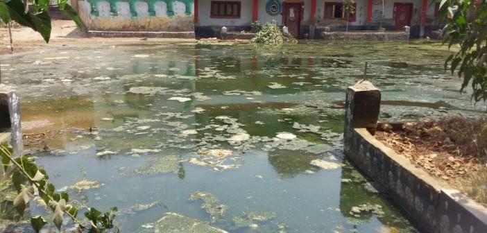 غرق قريتين في بني سويف بمياه الصرف: 150 ألفًا مهددون بالتشرد (صور)